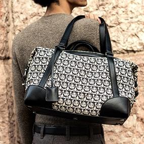 37aa199e4d2 Women s Designer Handbags