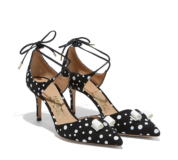 Wrap-Around Bow Pump