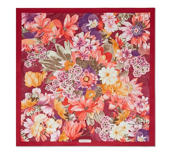 Fular con estampado floral