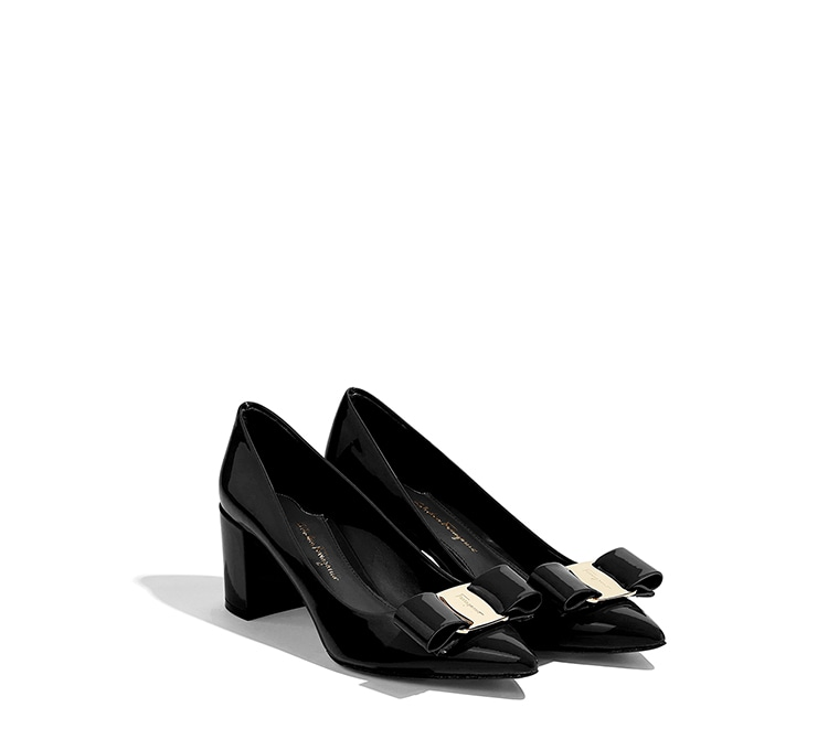 Big Vara Bow Pump Shoe by Salvatore Ferragamo