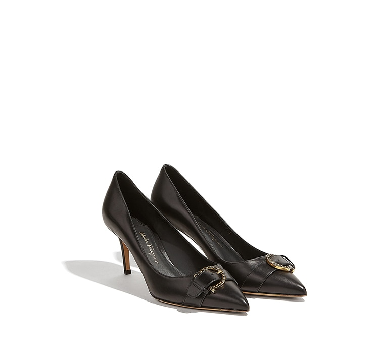 Pointy Toe Gancini Pump Shoe by Salvatore Ferragamo