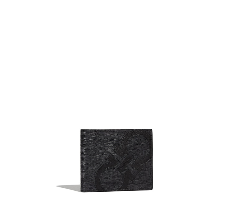 International Bifold Wallet with coin case | Tuggl