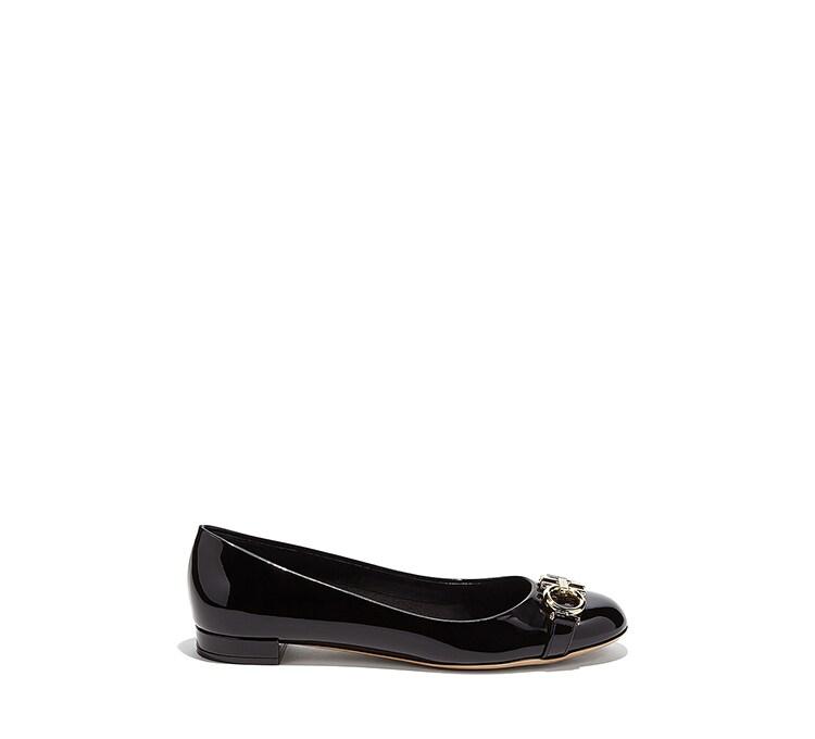 b52430b93bc28 Women's Italian Shoes   Salvatore Ferragamo US