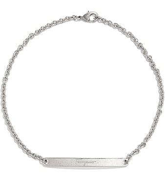 160820e186e4 Collar con cadena y placa metálica